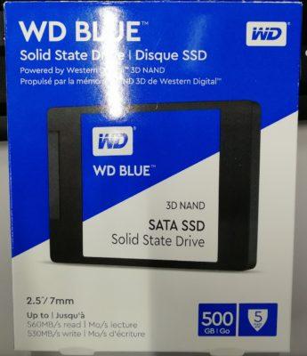 WD BLUE WDS500G2BOAのパッケージ